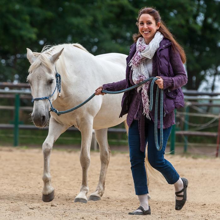 Führungskompetenz stärken beim Führungstraining mit Pferden